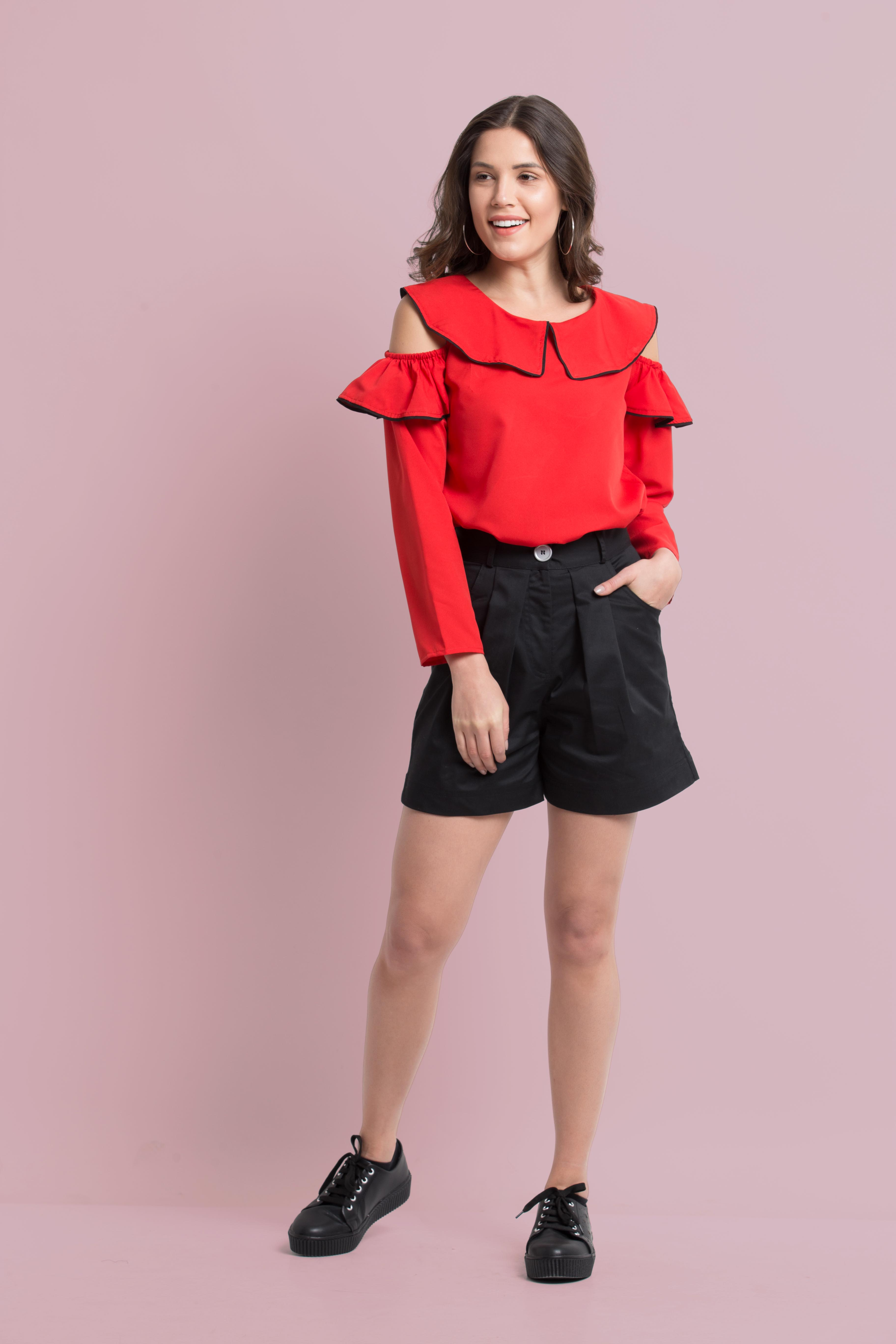 Folle Solid Black Pleated Shorts