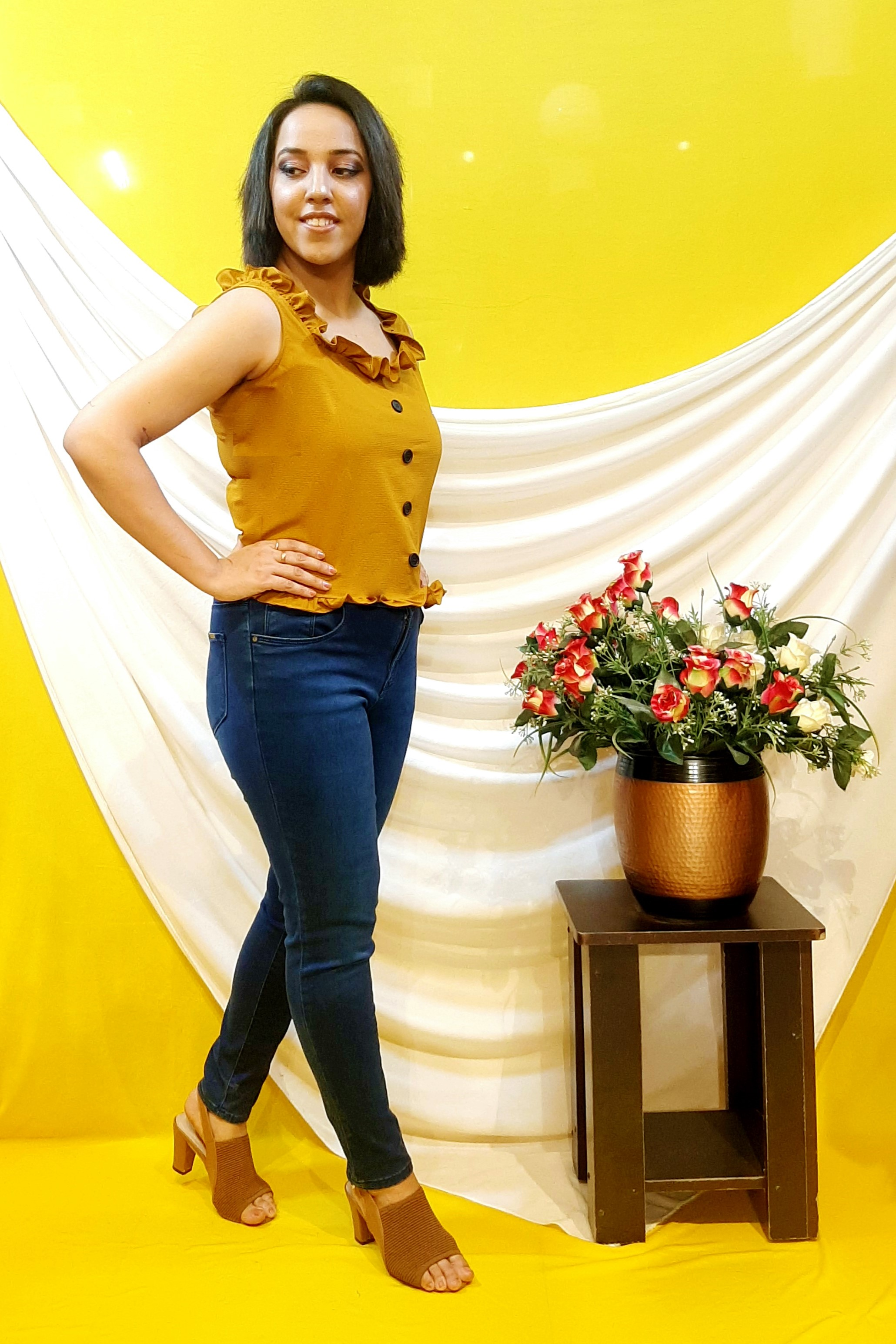 Folle Mustard Solid Color Crop Top For Party Wear